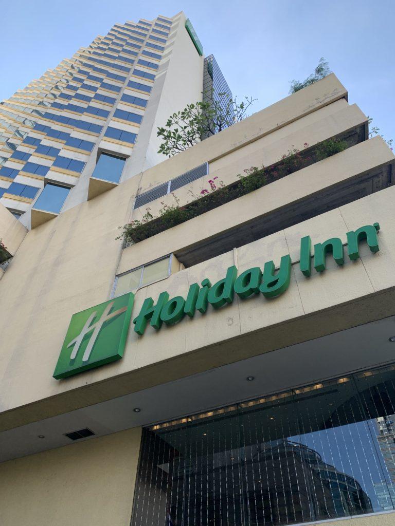 ホリデー・イン・バンコク・シーロムに宿泊!ワット・ポー観光やおいしかったレストランを紹介